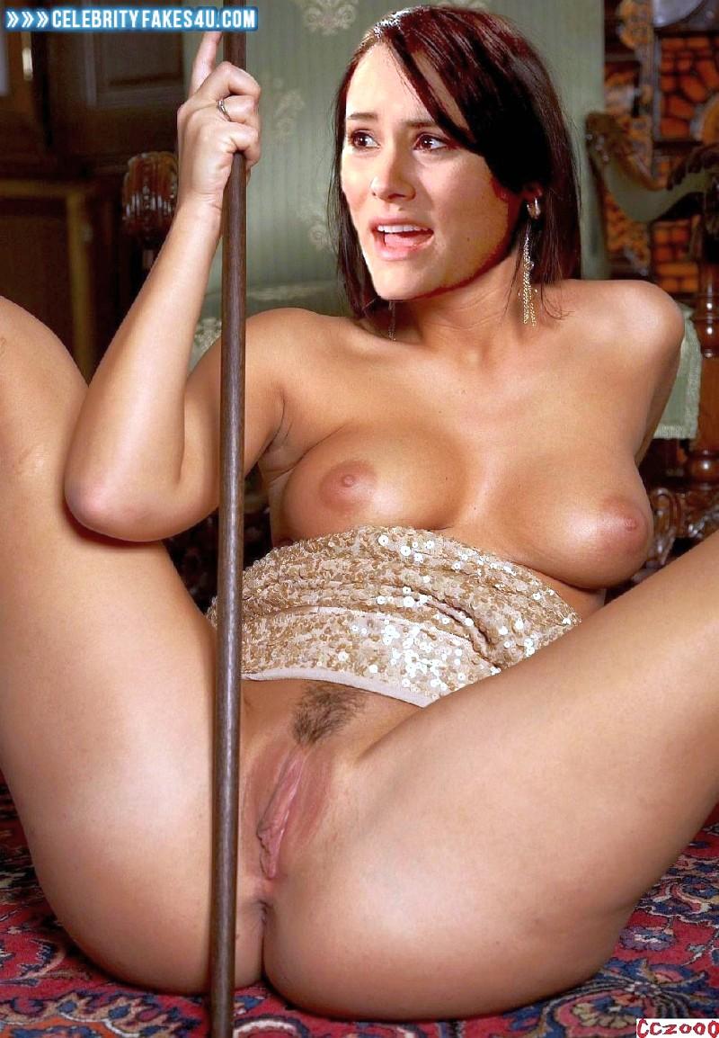 linda blair porno ebenová dívka zdarma