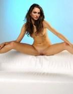 Natalie Portman Nudes Vagina Legs Spread 001