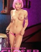 Natalie Portman Topless Closer 001