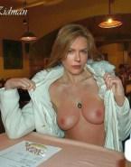 Nicole Kidman Exposes Her Boobs Leaked 001