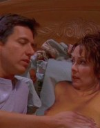 Patricia Heaton Boobs Squeezed Everybody Loves Raymond Porn 001