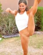 Pippa Middleton No Panties Vagina Legs Spread Nude 001