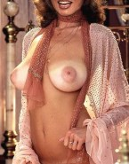 Raquel Welch Hairy Pussy Sexy Bare Stomach Porn 001