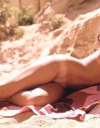 Raquel Welch Nude Fake 001