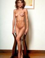 Sarah Hyland Nude Body 001