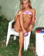 Sarah Michelle Gellar Breasts 003