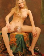 Sarah Michelle Gellar Tits 001
