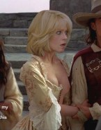 Sigourney Weaver Breasts Pirates Of The Caribbean Nudes 001