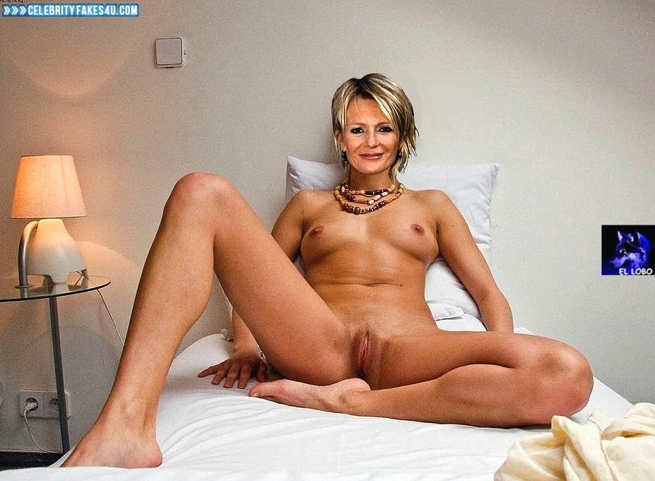 Nackt sophie haas Sophie Mudd