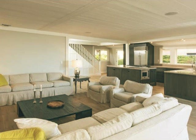 Leonardo DiCaprio Malibu Beach Home celebrity homes living room