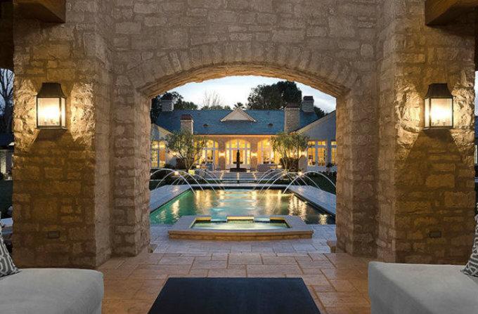 Celebrity Homes - Kim Kardashian and Kanye West New Mansion3