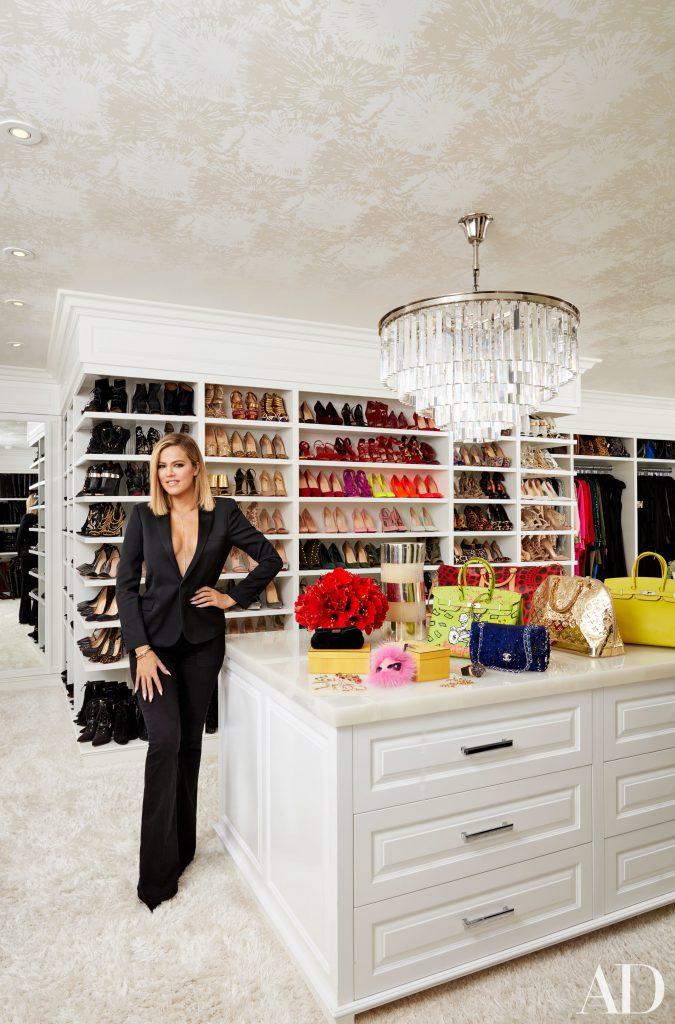 Celebrity Homes Khloé and Kourtney Kardashian Dream Homes in California (16)