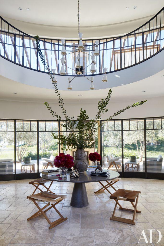 Celebrity Homes Khloé and Kourtney Kardashian Dream Homes in California (3)