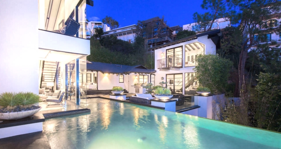 Celebrity News Calvin Harris' Los Angeles Dream House (2)