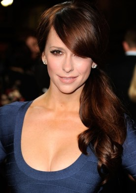 Jennifer Love Hewitt Biography
