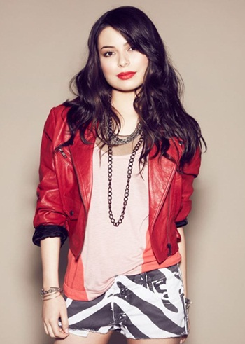 miranda cosgrove favorite color food band and other favorite things