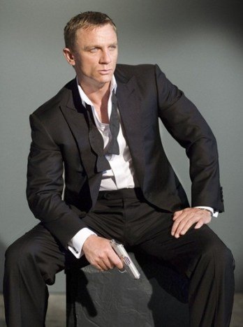 Daniel Craig Biography