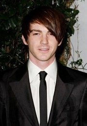 Drake Bell Favorite Things Color Music Bands Movies Biography