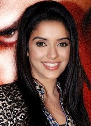 Asin Thottumkal Favourite Food Color Perfume Actor Hobbies Bio