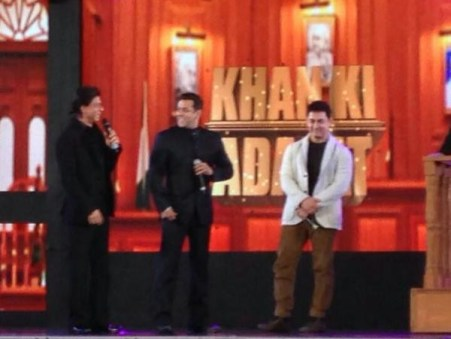 Aap Ki Adalat with SRK, Salman and Aamir Khan Pictures