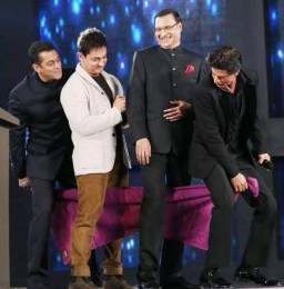 Aap Ki Adalat with SRK, Salman and Aamir Khan 7 December, 2014 Pictures