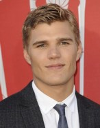 Chris Zylka Favorite Things Movie Food Hobbies Bio