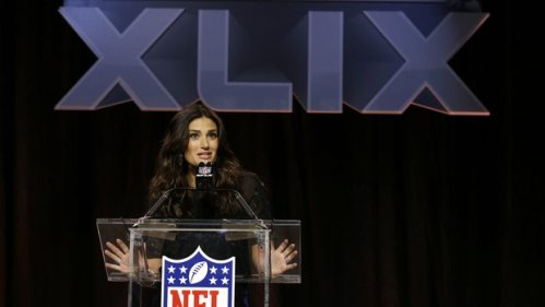 Idina Menzel Live Pre-game Super Bowl 2015 Performance