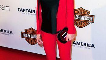 Scarlett Johansson Body Measurements Height Weight Shoe Bra Size Stats