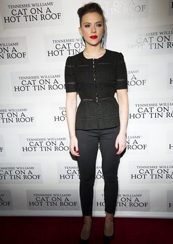 What Size Shoe Does Scarlett Johansson