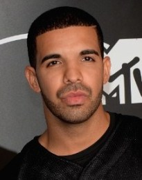 Rapper Drake Graham Body Measurements Weight Height Shoe Size Stats