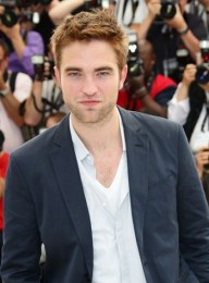 Robert Pattinson Favorite Color Food Book Football Team Music Artist Biography