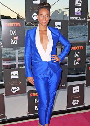 Alicia Keys Height Body Shape