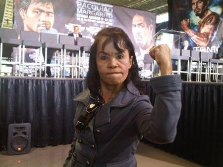 Manny Pacquiao Mother