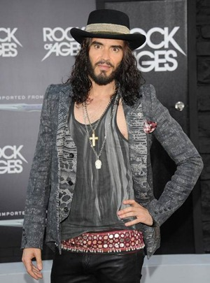 Russell Brand Body Measurements