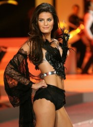 Isabeli Fontana Body Measurements Bra Size Height Weight Shoe Shape Vital Statistics