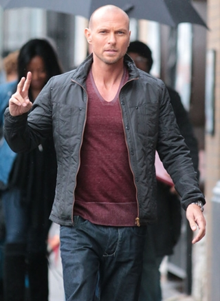 Luke Goss Height Weight Body Shape