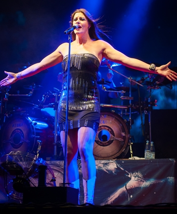 Floor Jansen Height Weight Body Figure Shape