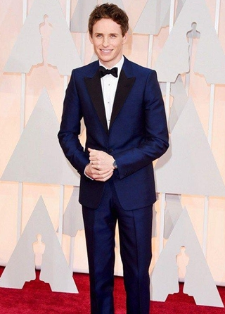 Eddie Redmayne Body Measurements Height Weight