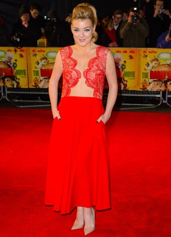 Sheridan Smith Height Weight Body Figure Shape