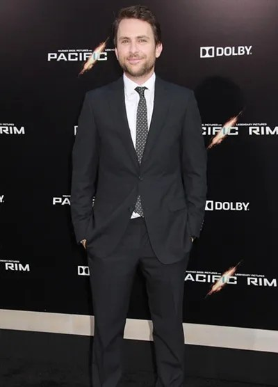 Charlie Day Height Weight Body Shape