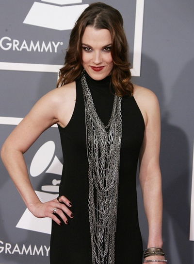 a190fb505fd3f Lzzy Hale Body Measurements Height Weight Bra Size Age Facts Ethnicity