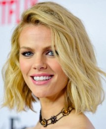 Brooklyn Decker Body Measurements Bra Size Height Weight Age Facts Family Wiki