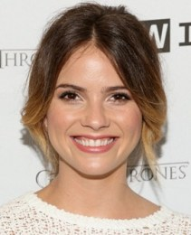Shelley Hennig Measurements Height Weight Bra Size Age Body Facts
