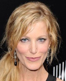 Anna Gunn Height Weight Body Measurements Age Stats Family Facts
