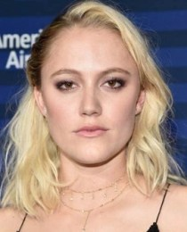 Maika Monroe Measurements Height Weight Age Body Stats Family Facts