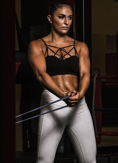 Sonya Deville Height Weight Body Shape