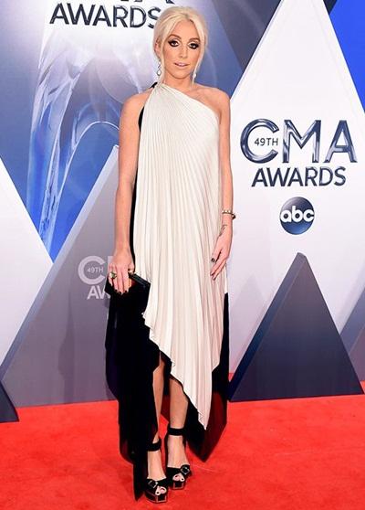 Ashley Monroe Height Weight Bra Size