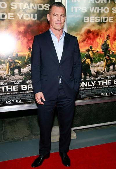 Josh Brolin Height Weight Shoe Size