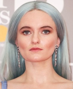 Singer Grace Chatto