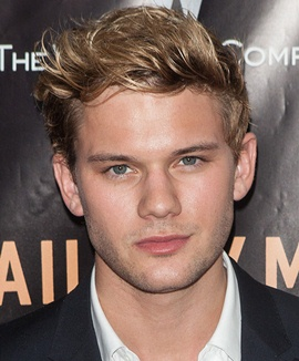 Actor Jeremy Irvine